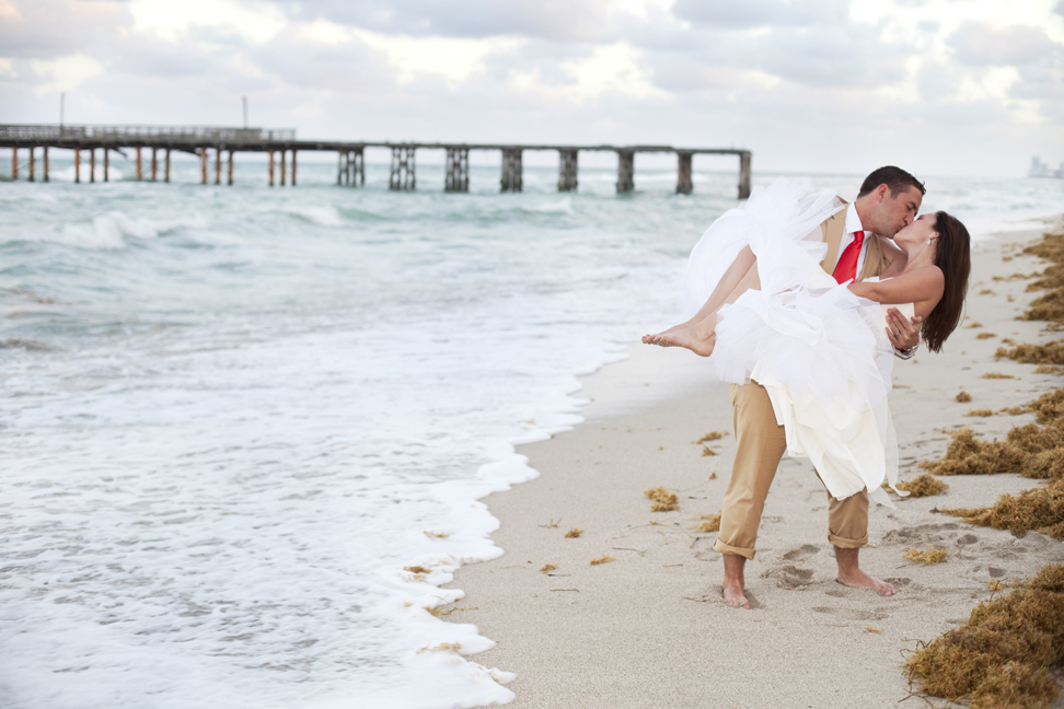 Danielle + Matt = Sneak Peek! | Ft. Lauderdale Wedding