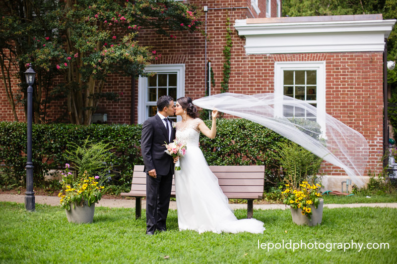 024-woodend-sanctuary-wedding-lepold-photography