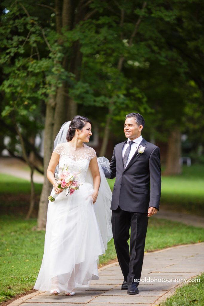 039-woodend-sanctuary-wedding-lepold-photography