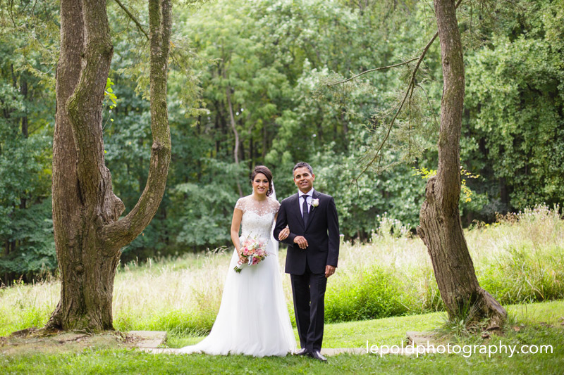 041-woodend-sanctuary-wedding-lepold-photography